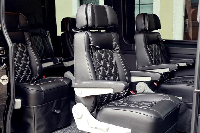 9 Sitzer mieten: Die Sitze