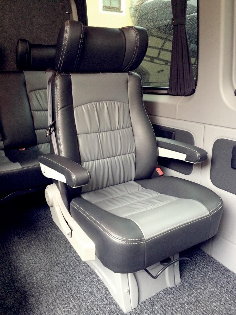 9 sitzer mieten mercedes sprinter tourbussewendt. Black Bedroom Furniture Sets. Home Design Ideas