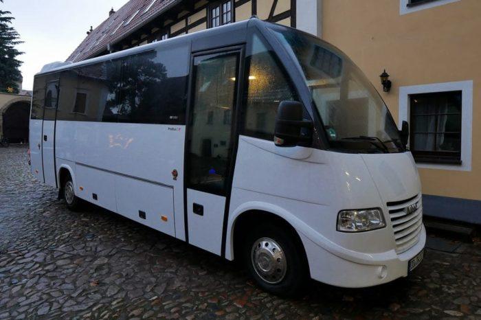Nightliner Tourbusse Wendt von außen - weiss